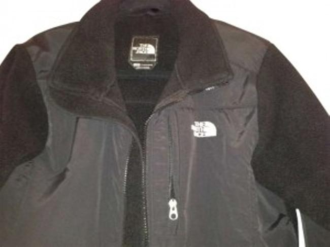 Preload https://item5.tradesy.com/images/the-north-face-black-denali-spring-jacket-size-12-l-162869-0-0.jpg?width=400&height=650