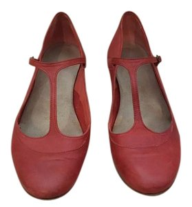 Vialis Red Flats