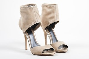 B Brian Atwood Suede Beige Sandals