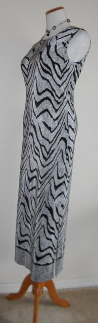 Black / OffWhite Maxi Dress by Other Maxi Maxi Image 4