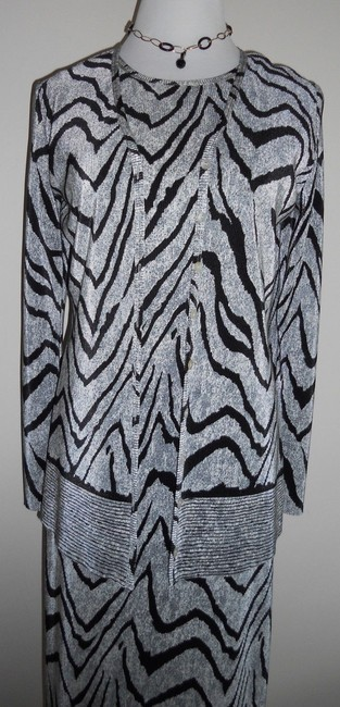 Black / OffWhite Maxi Dress by Other Maxi Maxi Image 6