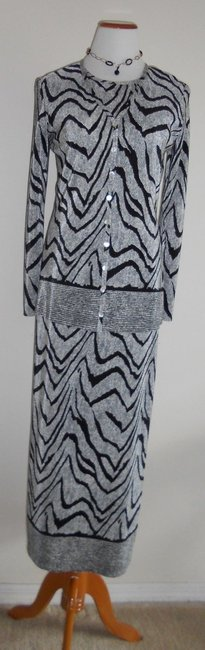 Black / OffWhite Maxi Dress by Other Maxi Maxi Image 7