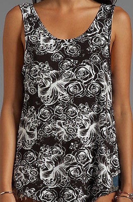 Lauren Moshi Scoop Tank In Skulls Rose Flowers T Shirt Black Image 2
