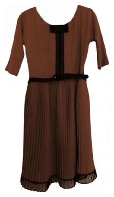 Preload https://img-static.tradesy.com/item/162942/eva-franco-taupe-black-cocktail-brown-bow-detail-new-knee-length-workoffice-dress-size-6-s-0-0-650-650.jpg