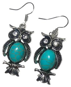 New Turquoise Owl Earrings Silver Tone J2653