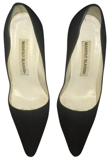 Preload https://img-static.tradesy.com/item/16296076/manolo-blahnik-pumps-size-us-6-regular-m-b-0-1-540-540.jpg