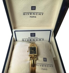 Givenchy gold watch 13120899200