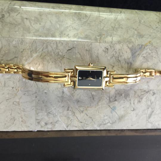 Givenchy gold watch 13120899200 Image 6