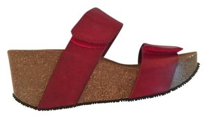 Eric Michael Red Wedges