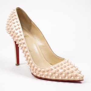 Christian Louboutin Pigalle Spiked 100mm 37.5 7 Light Pink Patent Leather Pointed Toe Pump Wedding Shoes