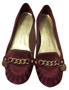 Juicy Couture Loafers Chain burgundy Flats