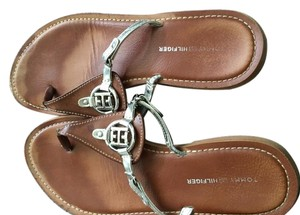Tommy Hilfiger Leather Silver Accent Casual Light Weight Brown silver Sandals