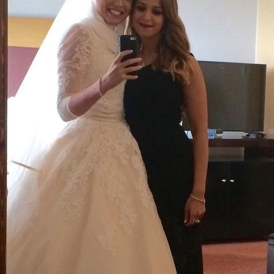 Allure Bridals Off White with Light Champagin Organza and Lace Modest Wedding Dress Size 2 (XS) Image 7