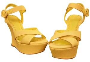 Alice + Olivia Yellow Wedges