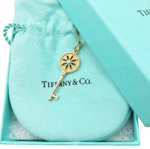 Tiffany & Co. Tiffany 18K Yellow Gold Diamond Daisy Key Pendant Chain