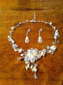 Beautiful Jewelry Set