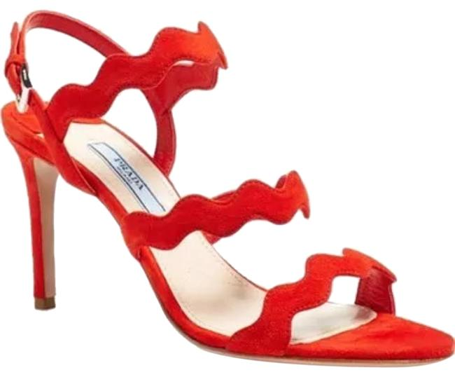 Item - Red 'wavy' Scalloped Formal Shoes Size US 8 Regular (M, B)