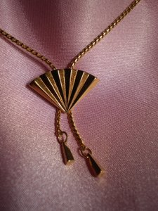 Other Adjustable Fan Necklace