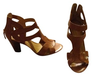 Nine West Wedge Zipper Neutral Wedges