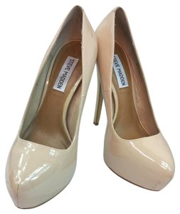 Steve Madden Nude Pumps Platforms