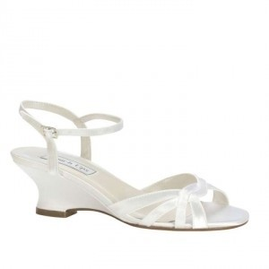 Benjamin Walk White Satin Margie Wedge Sandals Size US 9