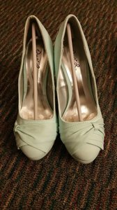 Qupid Bow Formal Prom Party mint Platforms