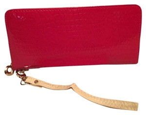 Other Wristlet in Red Patten Exterior/ Beige Interior