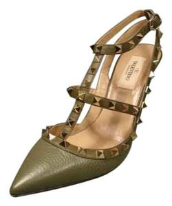Valentino Point Toe 37.5/7.5/7 Army Green Pumps