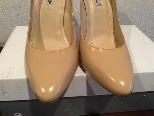 Charles David All Leather Camel Pumps