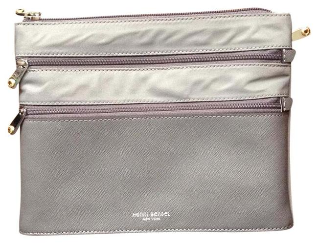 Item - Grey Jetsetter Pouch Cosmetic Bag