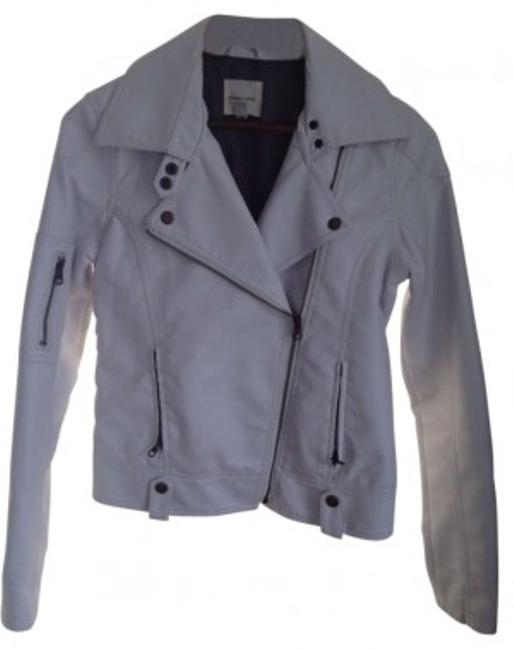 Preload https://item2.tradesy.com/images/silence-noise-white-motorcycle-jacket-size-4-s-163216-0-0.jpg?width=400&height=650