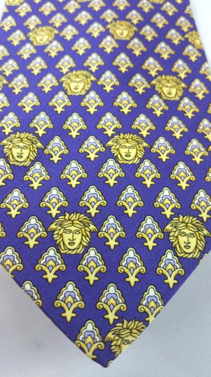 Versace GIANNI VERSACE PURPLE YELLOW MEDUSA SILK TIE