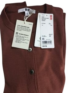 Uniqlo Crew Neck Marino Cardigan