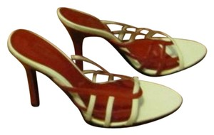 Frederick's of Hollywood Sraps Red/White Pumps