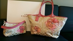 Coach Bleeker Signature Pink Tote in Floral
