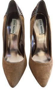 Steve Madden Camel Suede and Brown