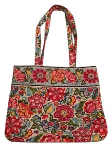 Vera Bradley Tote in Multiple