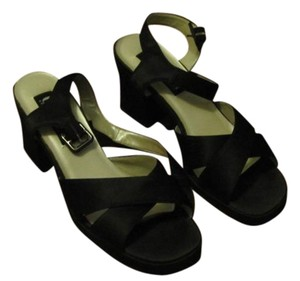 Kenneth Cole Straps Open Toed Black Sandals