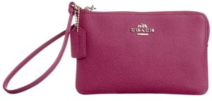 Coach Textured Leather Small L Zip Wristlet in Cyclamen