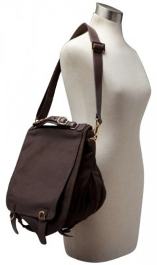 Preload https://item5.tradesy.com/images/cc-skye-the-onie-messenger-dark-brown-leather-cross-body-bag-163354-0-0.jpg?width=440&height=440