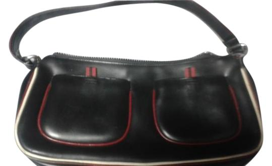 Preload https://img-static.tradesy.com/item/16339207/me-too-black-leather-baguette-0-1-540-540.jpg