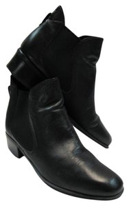 Naturalizer Leather Size 9-1/2 Narrow Good Condition black Boots