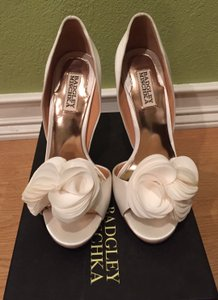 Badgley Mischka Badgley Mischka Randall Pumps Wedding Shoes