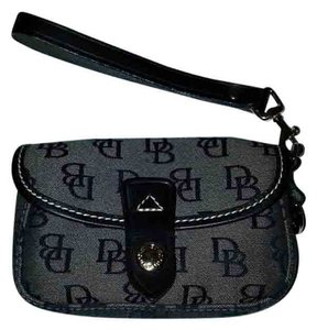 Dooney & Bourke Wristlet in Navy & Grey