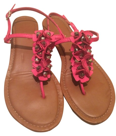 Bamboo Pink and brown ruffle Sandals