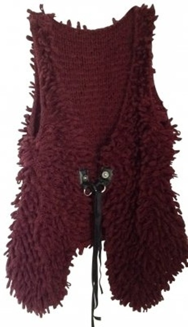 Preload https://item1.tradesy.com/images/urban-outfitters-maroon-vest-size-14-l-163455-0-0.jpg?width=400&height=650