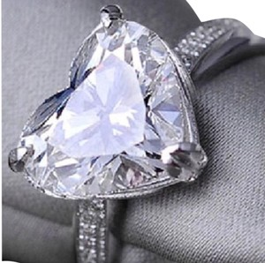 Ladies 3ct heart shaped AAA CZ engagement ring