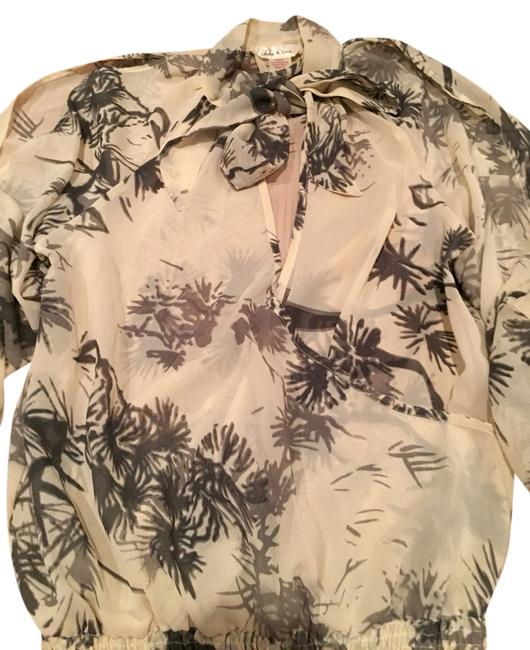 Preload https://item1.tradesy.com/images/blouse-size-8-m-1635145-0-0.jpg?width=400&height=650