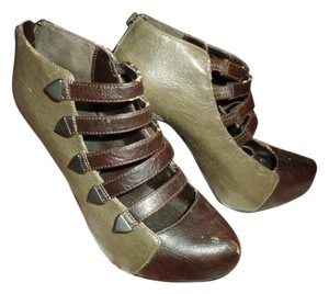 Bakers Strappy And Brown Closed Toe High Heels Ankle Green Boots