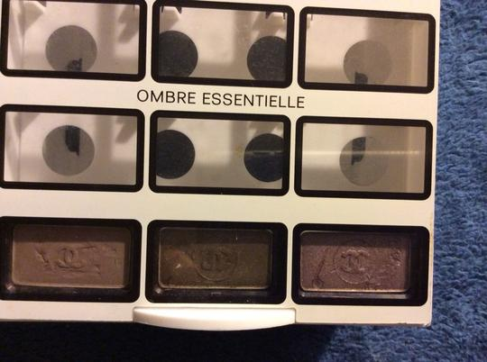 Chanel Lot Of 3x Ombre Essentielle Soft Touch Eyeshadow 0.07 Oz With Acrylic Display Case Chanel